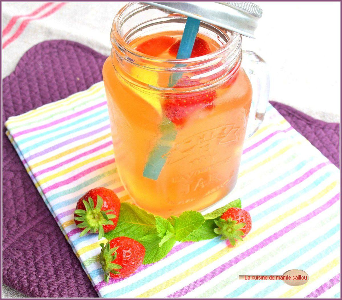 Thé frappé à la fraise…parce que l'été s'annonce très chaud !