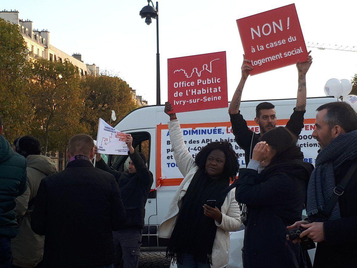 En images : Les HLM roulent sur Paris contre le projet logement du gouvernement