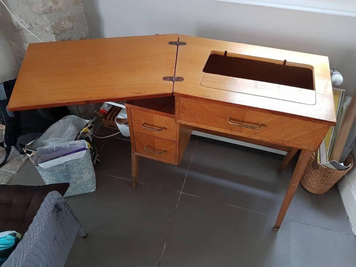 """Table A Machine A Coudre relooking d'un meuble """"machine à coudre"""" en un petit bureau"""