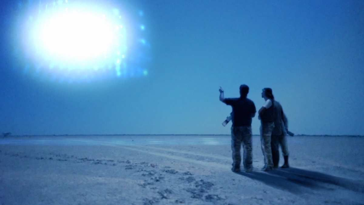 US researchers & soldiers observe Mysterious Lights in SOMALIA ! Oct 2016