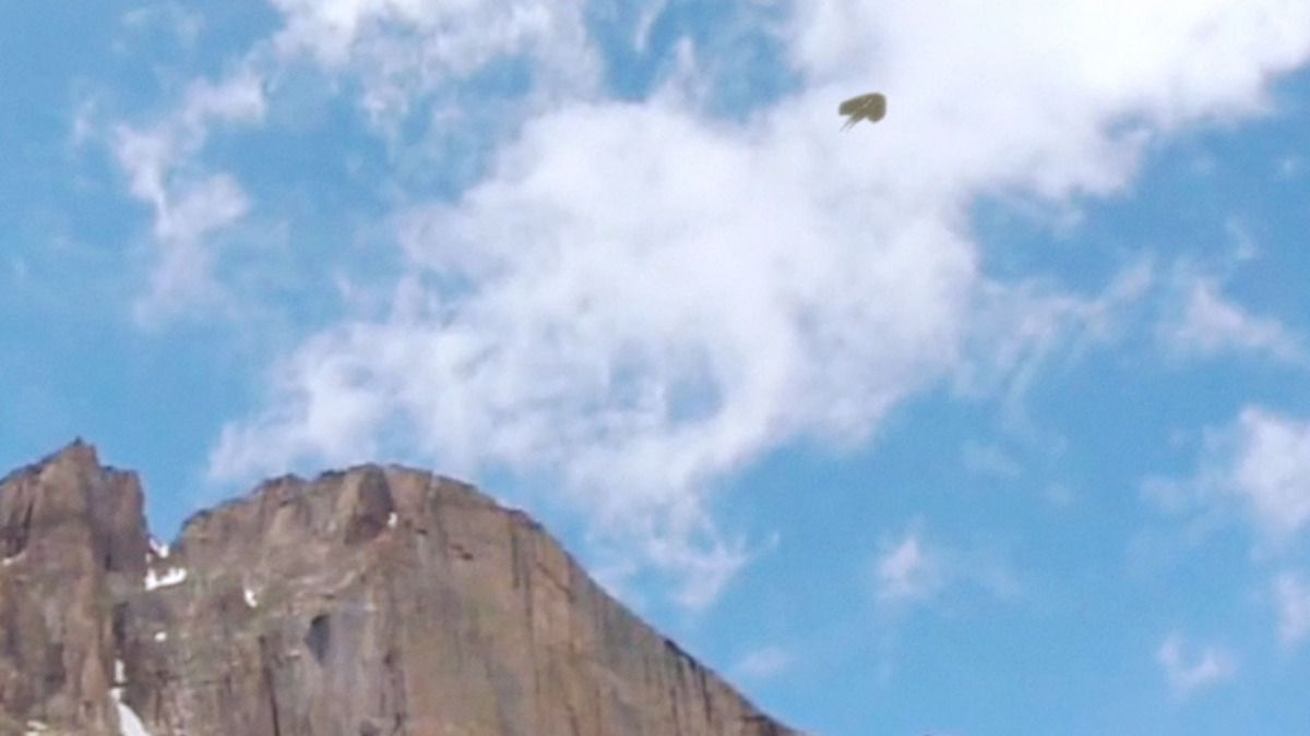 Strange UFOs filmed over the MOUNTAINS of CHILE !!! Sept 2017