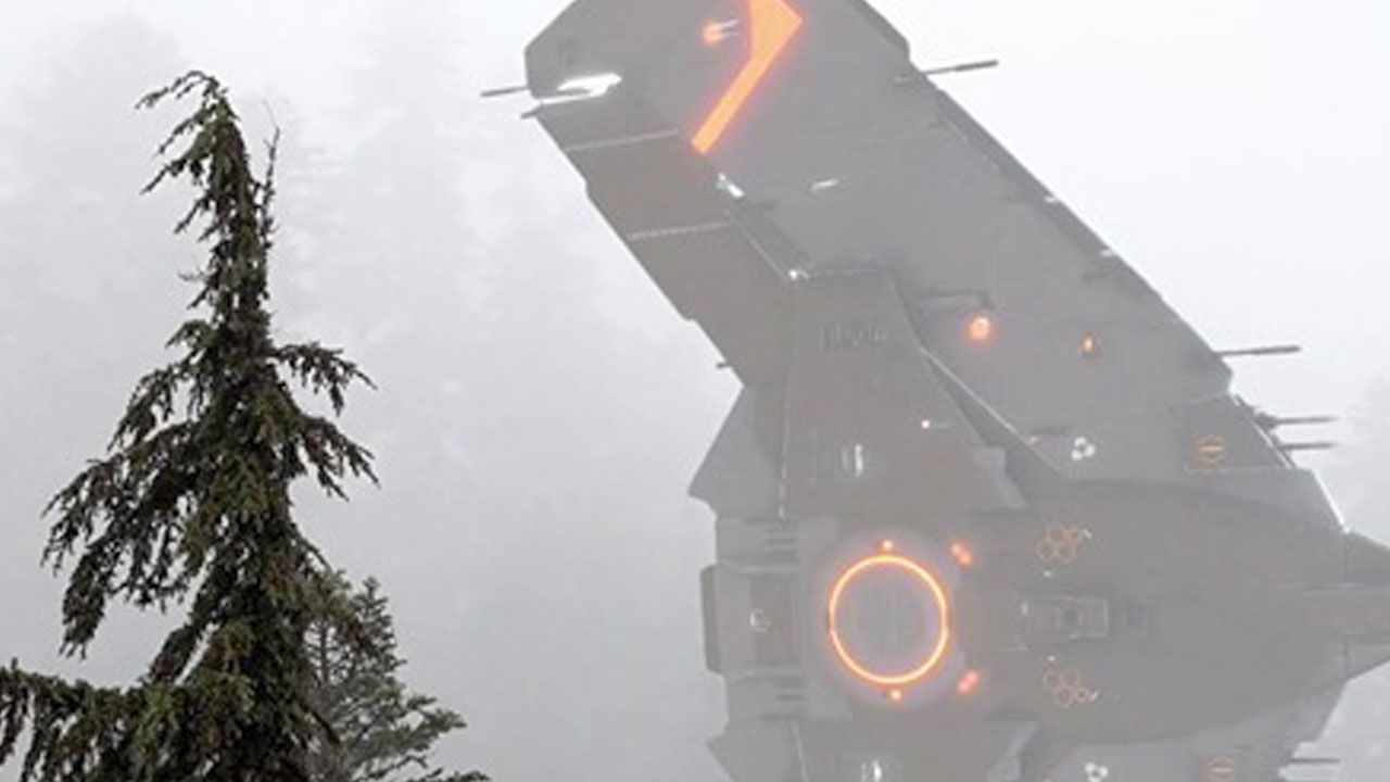👽 UFO spotted in Alaska flying through a storm in forest (CGI)