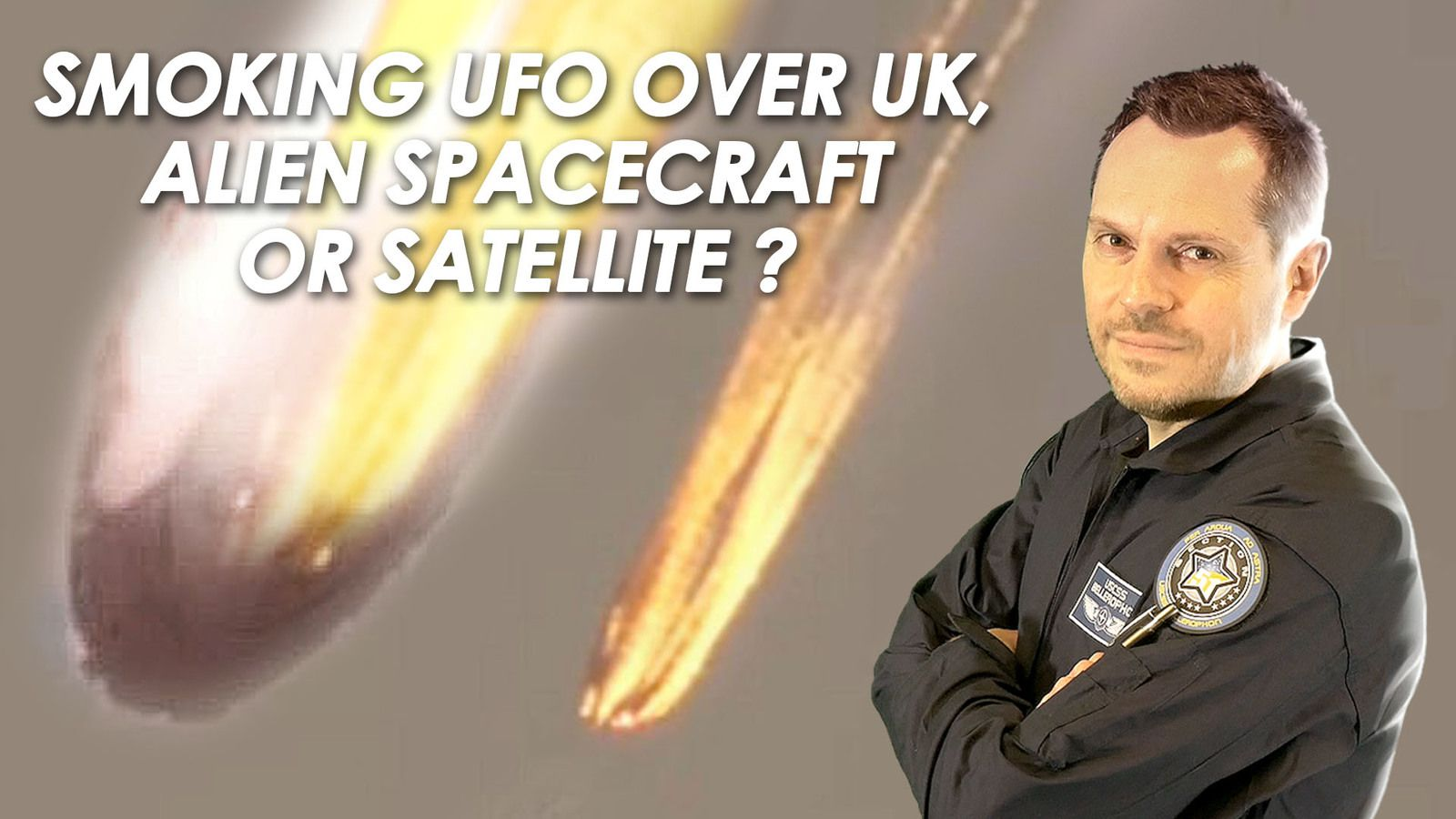 👽 Smoking UFO Spotted in Freefall over UK - Alien Spacecraft or Satellite ?