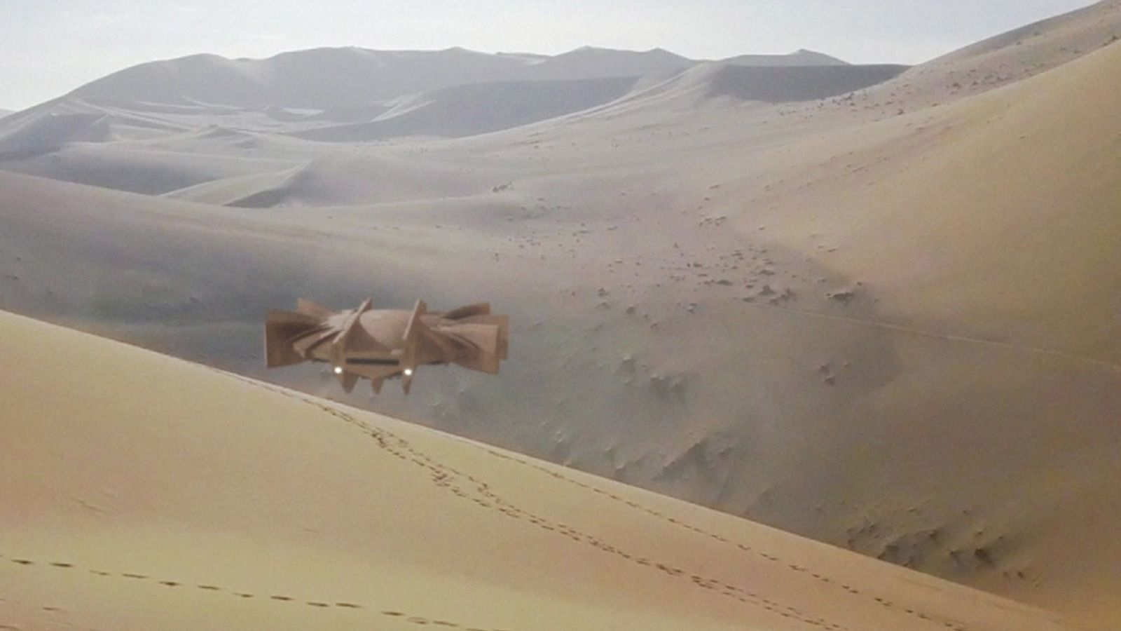 👽 UFO Spotted in The Sand Dunes of Mali Desert (CGI)