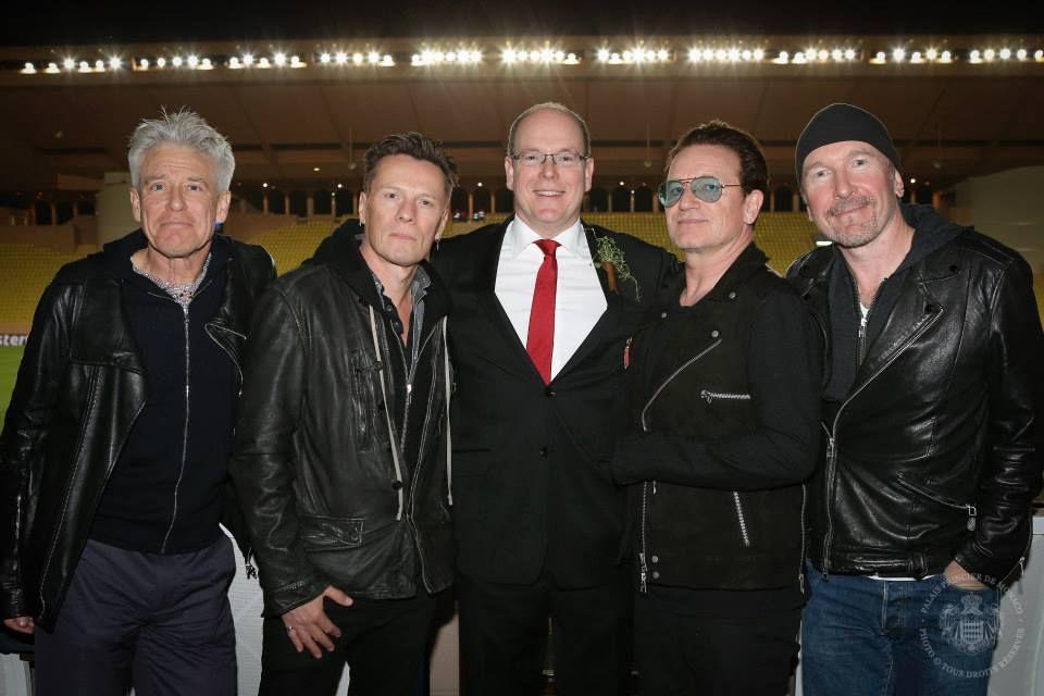 U2 au complet avec le prince Albert:    (cliquez sur la photo pour agrandissement)