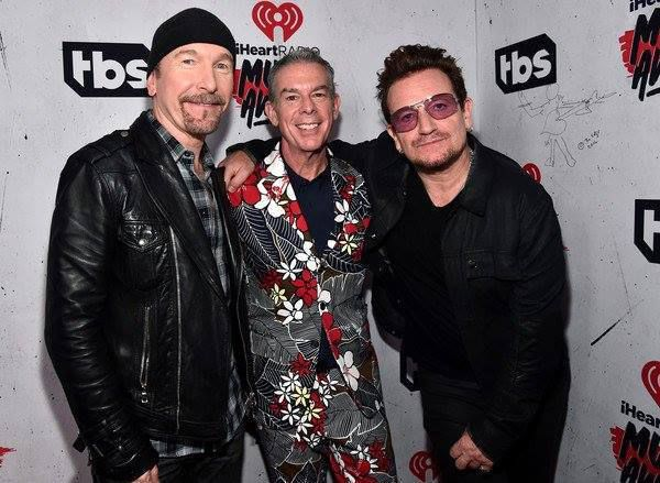 The Edge , Elvis Duran et Bono