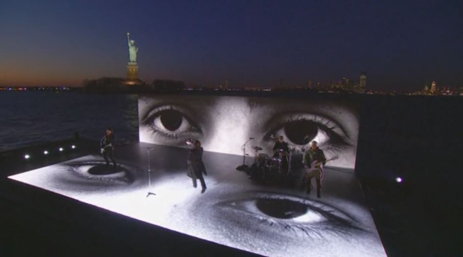 """U2: """"Get Out Of Your Own Way"""" Performance 2018 GRAMMYs -28-01-2018"""