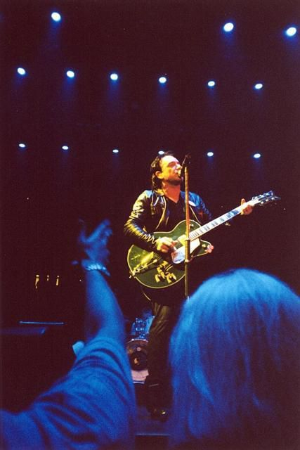 U2 -Elevation Tour -21/06/2001 -East Rutherford -USA -Continental Arena #1