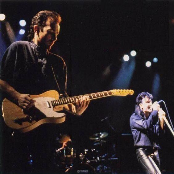 U2 -Unforgettable Fire Tour- 04/02/1985 Milan  Italie - Palazetto Dello Sport