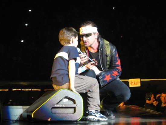 U2 -Vertigo Tour -07/12/2005 -Hartford, CT -USA -Civic Center