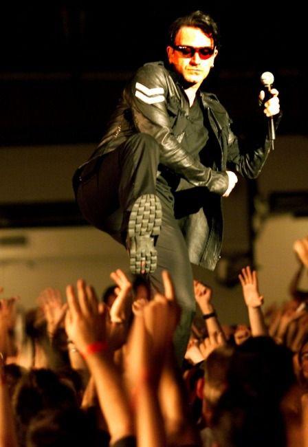 U2 -Elevation Tour -06/04/2001 -Denver -USA -Pepsi Center