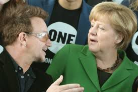 """Bono - Launch of the """"Ich schaue hin"""" campaign -Berlin -Allemagne -08/04/2013"""