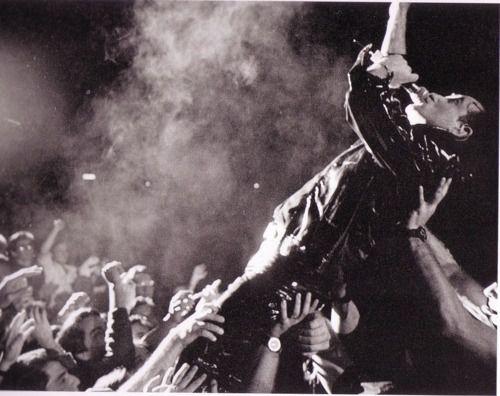 U2 -ZOO TV Tour -17/04/1992 -Sacramento -USA -Arco Arena