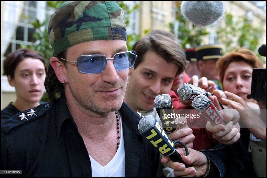 Bono et le Premier ministre français Lionel Jospin -Paris -France -16/07/2001