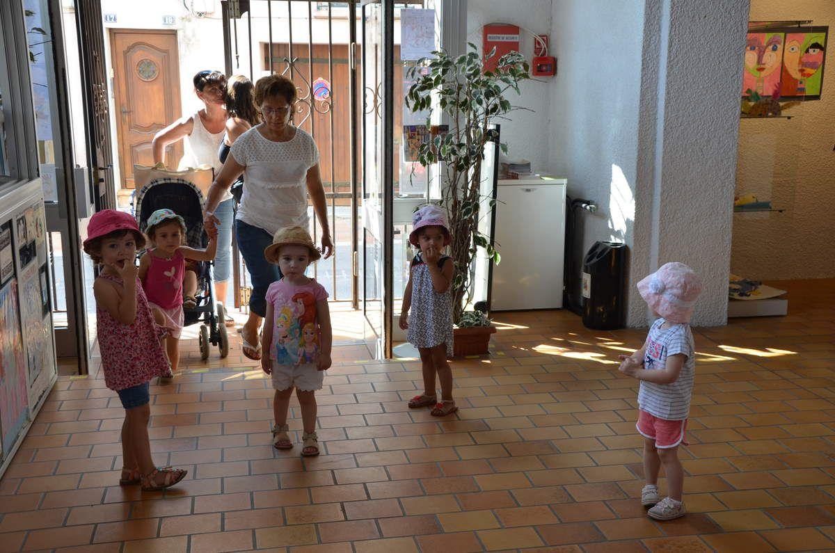 Les groupes en visite à l'EDA