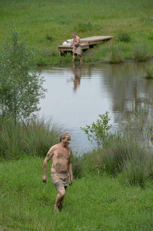 Un décor enchanteur, la digue de retenue d'eau de Bisel.