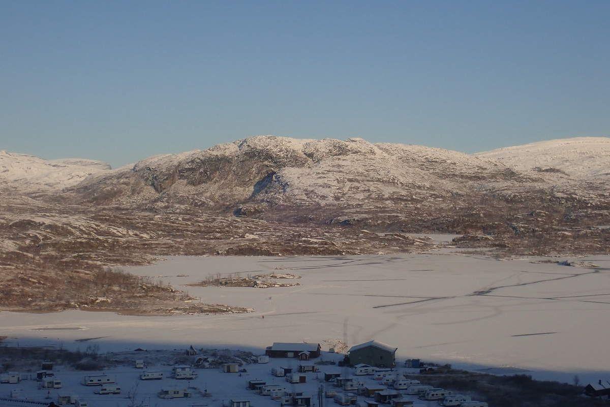 Nord de la Suède - lac sous la neige