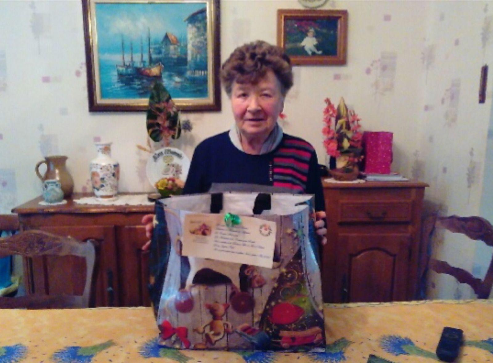 Distribution des colis de Noël aux Séniors  d'Arreux
