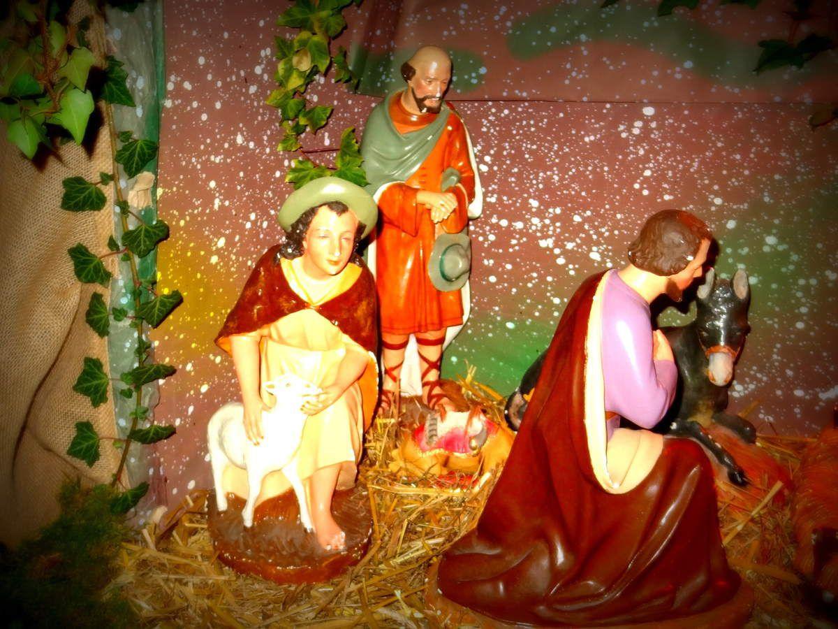 Cassagne- 31 - Aubettes et crèche de Noël