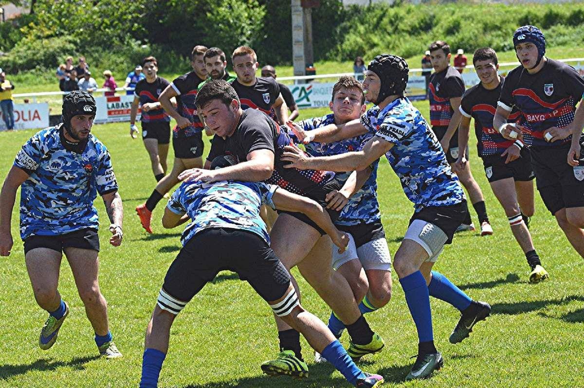 Rugby: les Phliponeau prennent le quart!
