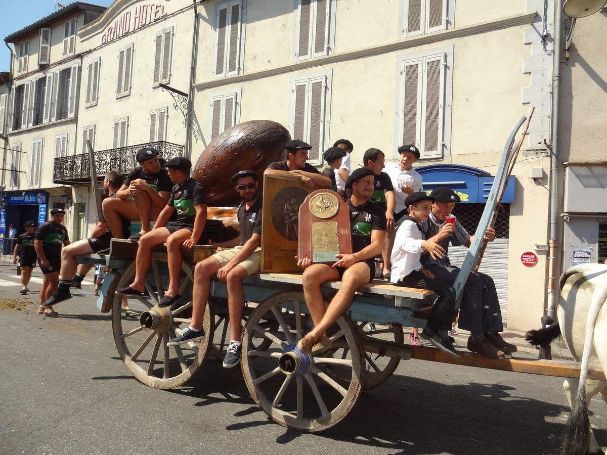 Le Saint-Girons Sporting-Club au défilé d'Autrefois le Couserans