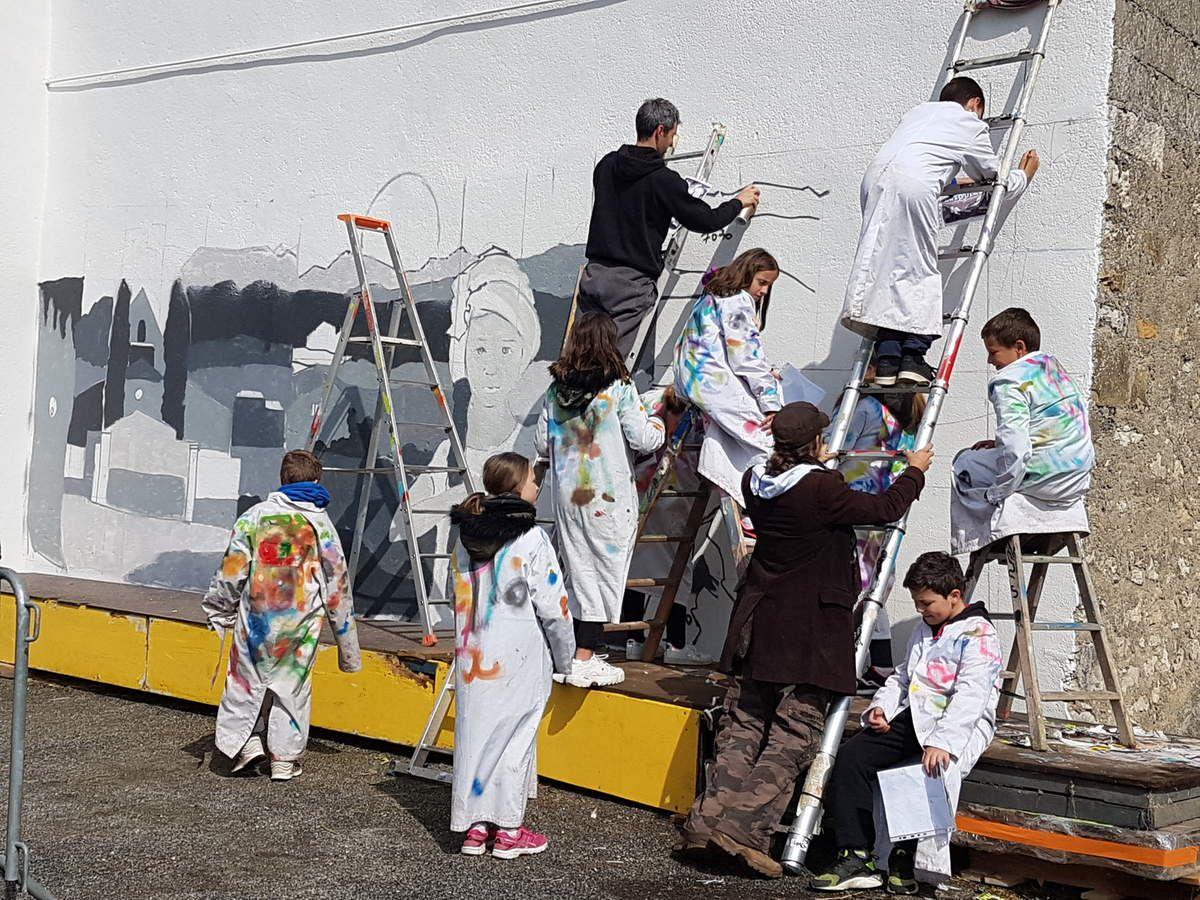 Marsoulas - La fresque sera prête pour la commémoration du 10 juin 44
