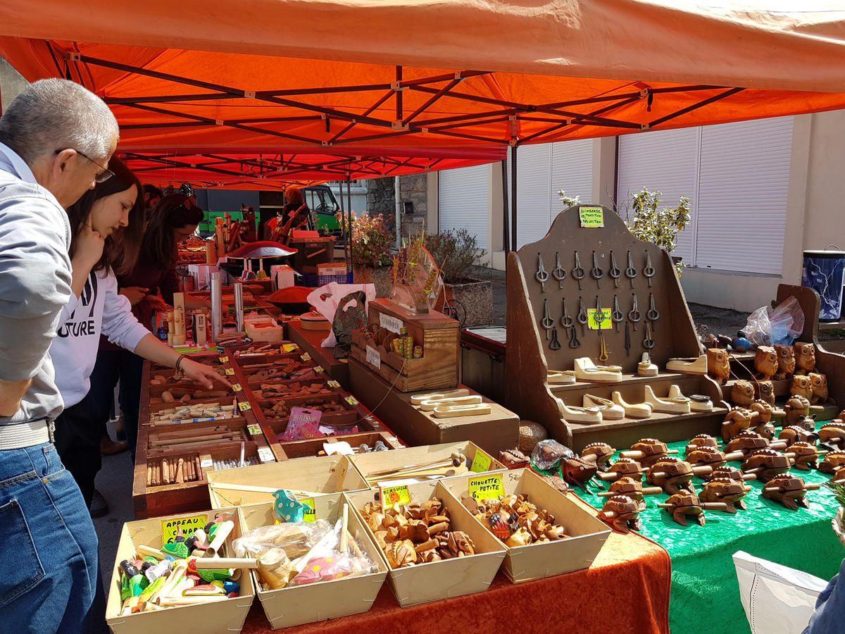 Le marché de Saint-Girons (Ariège)
