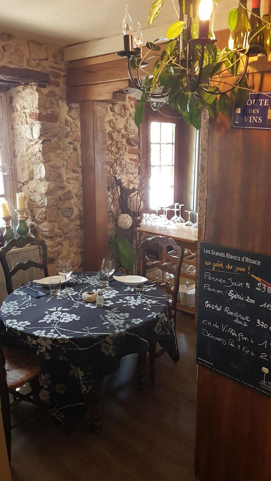 Montsaunes - La cave à Boeuf: entre cave à vin et restaurant