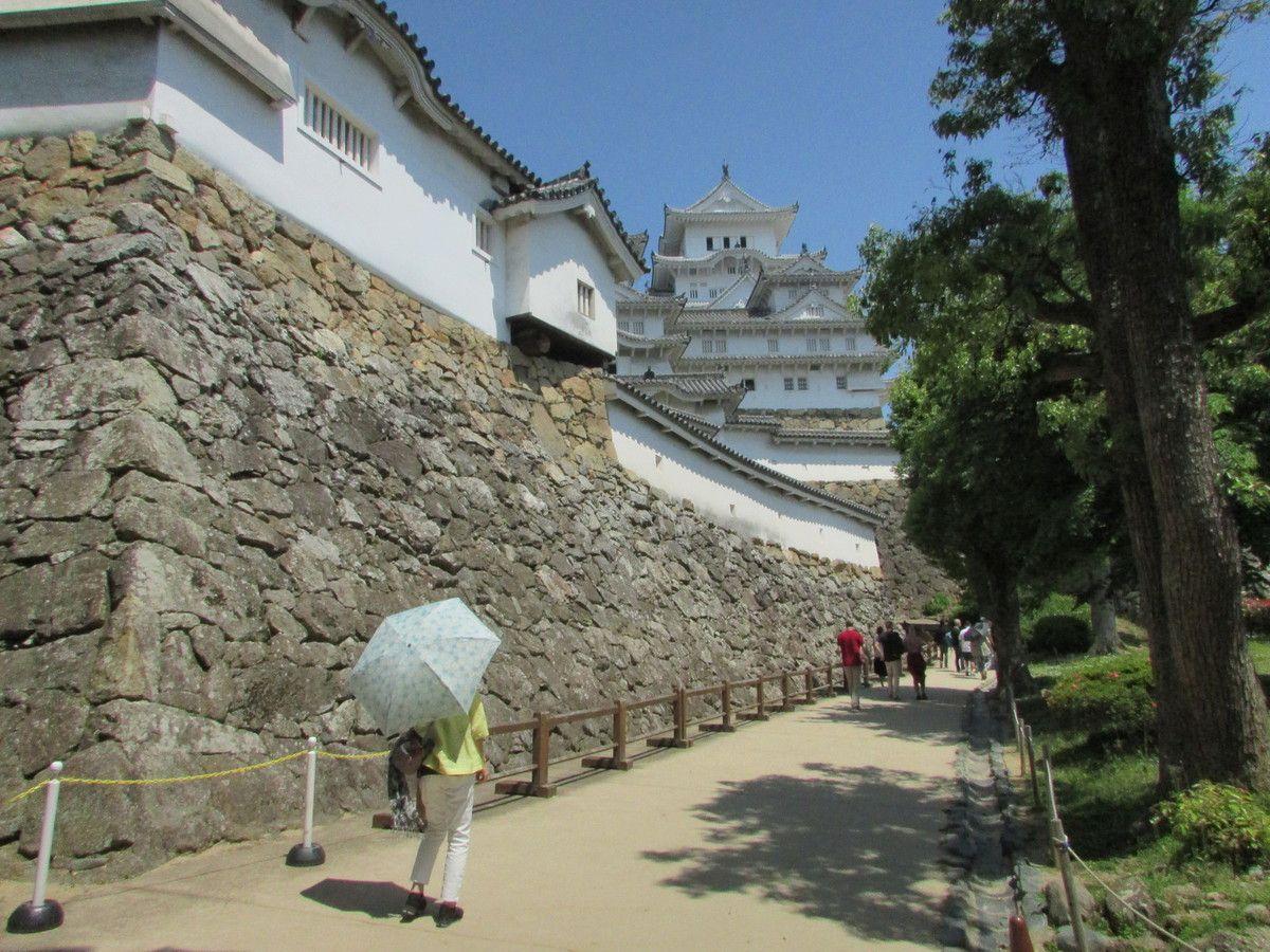 Le château d'Himeji (L'extérieur).