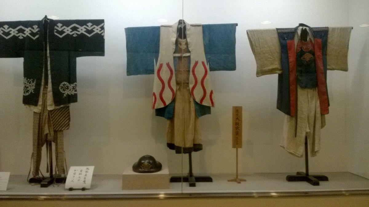Hall d'exposition des chars du festival de Takayama.