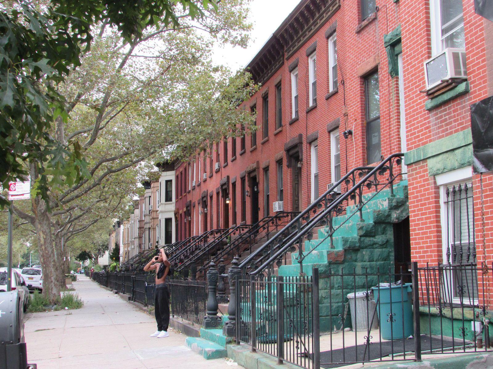Le quartier où nous logeons au coeur de Brooklyn