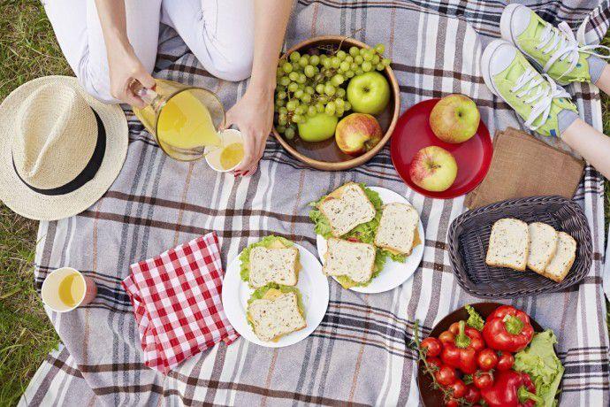 """Super idées pour un super pique-nique ! - """"Manger en plein air, c'est aussi faire place à la spontanéité et aux petites aventures qui feront de votre pique-nique un merveilleux souvenir d'été!"""""""