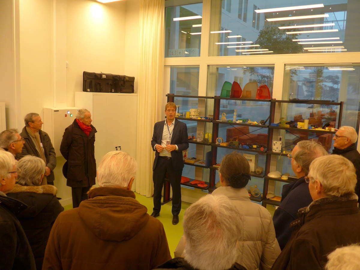 """Reportage sur la Visite de la Nouvelle Ecole et de la Salle de Cours """"promotion 65 """" ( Saclay, 27 nov.2017)"""