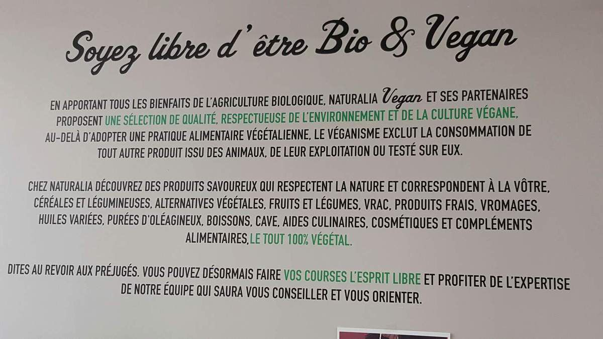 NATURALIA GOES VEGAN