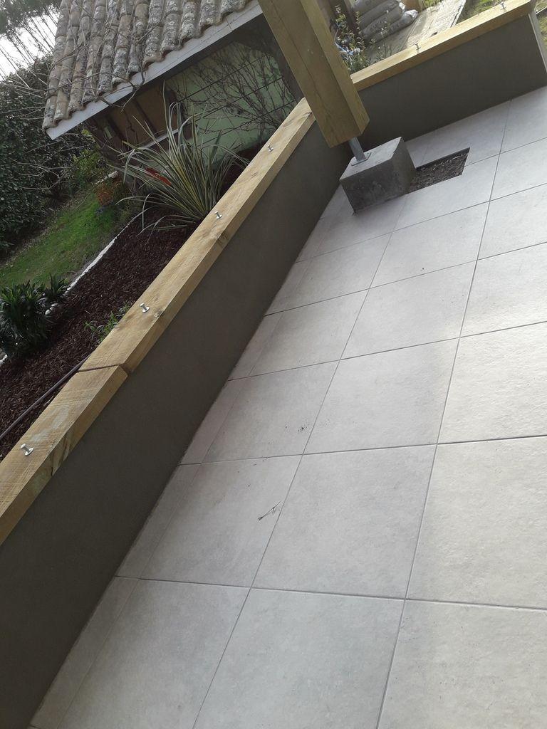 fin enduit muret terrasse piscine et massif construction. Black Bedroom Furniture Sets. Home Design Ideas