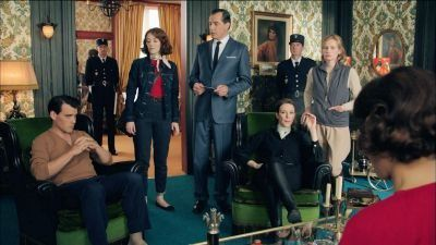 les petits meurtres d 39 agatha christie murder party vendredi 13 10 2017 replay france 2 j. Black Bedroom Furniture Sets. Home Design Ideas
