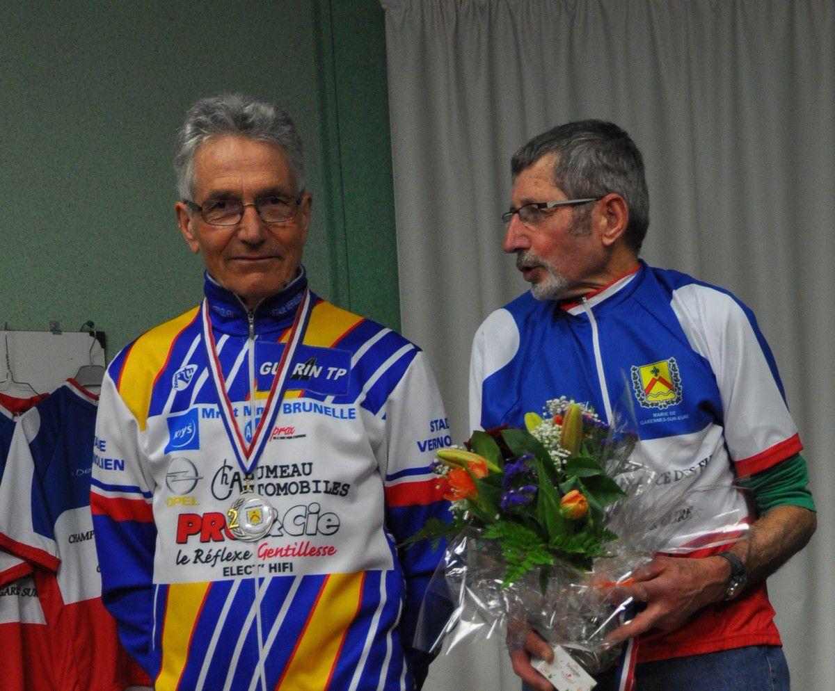 Sur la deuxième marche du podium avec Raymond le Champion. L'année précédante les positions sur le podium étaient inversées