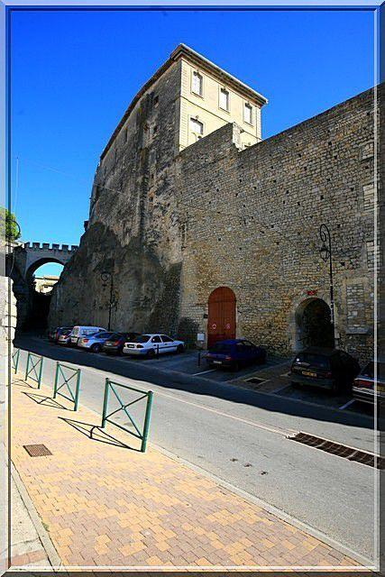Diaporama château d'ARAMON
