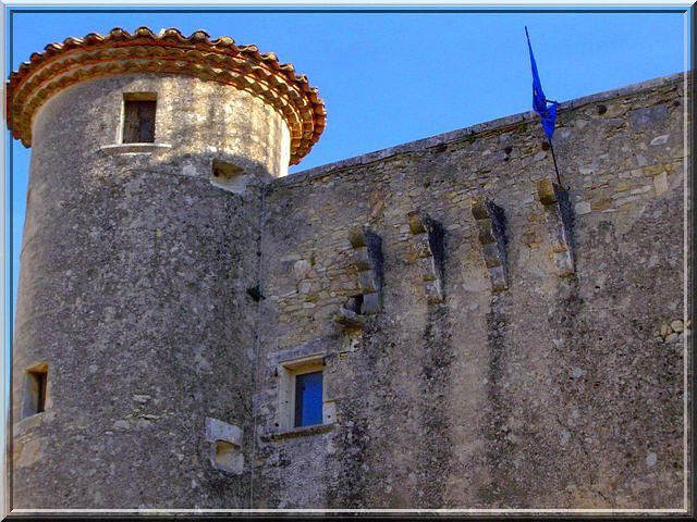 Diaporama du château de LUSSAN