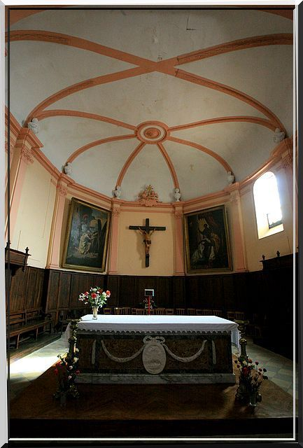 Diaporama église fortifiée de LE FOSSAT