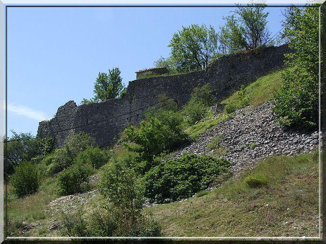 Diaporama château et bourg de BANON