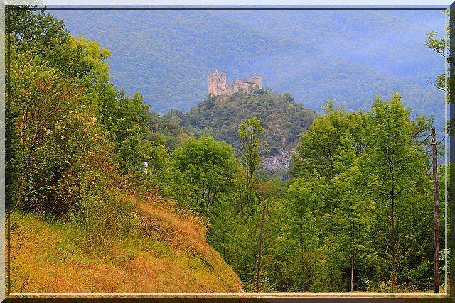 Voyez vous le château fort ?