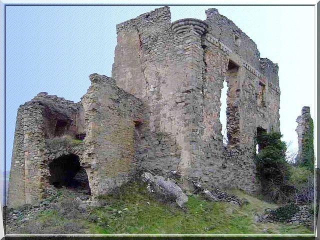 Diaporama château de COUSTAUSSA
