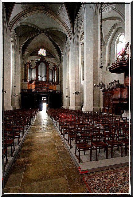 Diaporama cathédrale fortifiée de Saint Claude