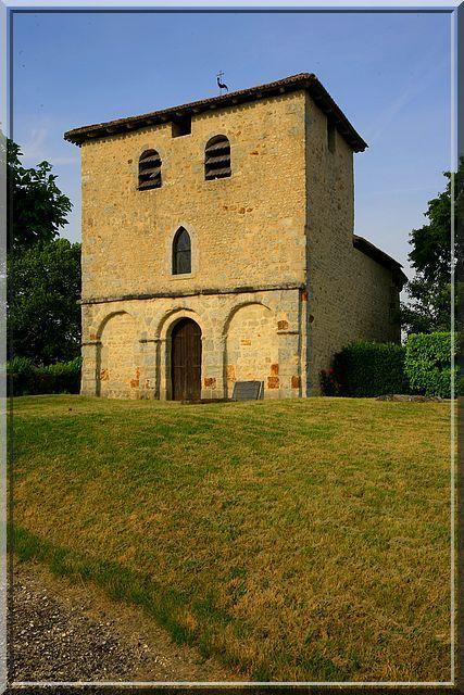 Diaporama église fortifiée de PEUDRY - Saint-Martial