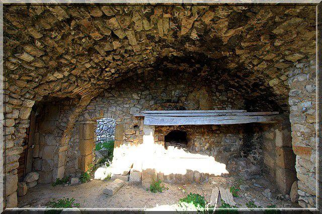 Diaporama château de QUILLE - Le Puy Sainte Réparade