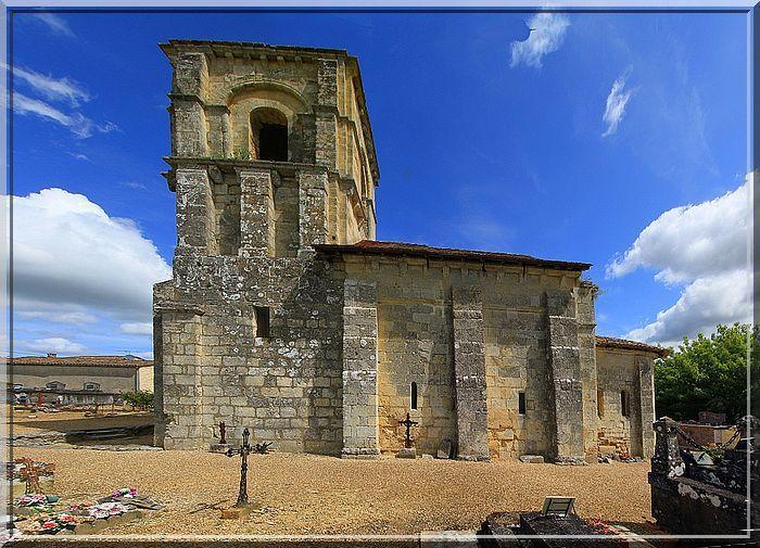 Est ce une église fortifiée ou le fruit de mon imagination ?