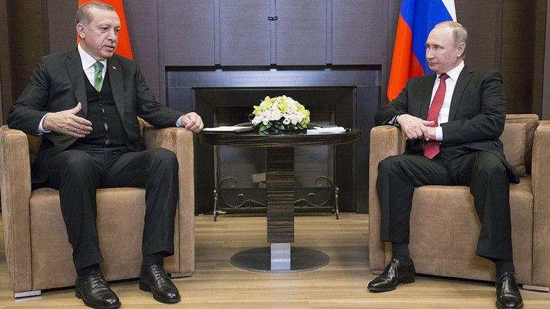 Poutine : «La coopération avec la Turquie et l'Iran sur le dossier syrien porte ses fruits»