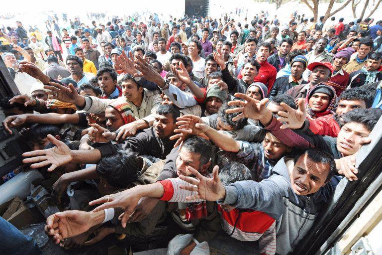 Dans un rapport de la Commission des Lois du Sénat, Jean-Noël Buffet critique vertement l'action du Gouvernement sur l'immigration
