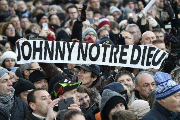 Ce que nous révèle l'hommage de la France à Johnny Hallyday